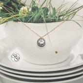 Besen Gümüş Rose Pırlanta Montürlü Etrafı Taşlı Tek Taş Kolye