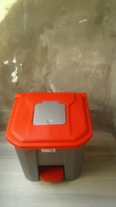 çöp Konteyneri Pedallı 30 Lt