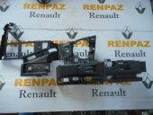 Renault Megane 2 Laguna 2 Ön Tampon Sağ Braketi 8200412403