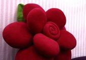 Gül Yastık (Renk Kırmızı)