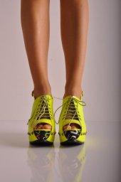 Bayan Dolgu Taban Yazlık Ayakkabı 01 Neon Rugan
