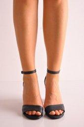 Bayan Günlük Topuklu Ayakkabı 66 Siyah Mat