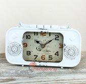 Radyo Tasarımlı Metal Retro Masa Saati Beyaz