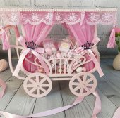 Prenses Arabası Drajeli Kız Bebek Çikolatası
