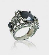 Siyah Akik Taşlı Markazit İşlemeli 925 Gümüş Bayan Yüzük