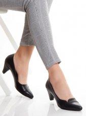 Toledo Siyah Cilt Bayan Topuklu Ayakkabı