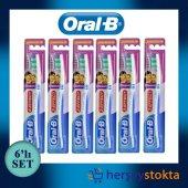 Oral B Diş Fırçası Classic 3 Effect Medium 6lı Set