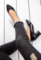 Tecle Siyah Rugan Topuklu Bayan Ayakkabı