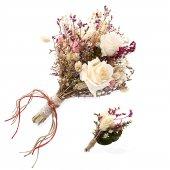 Gelin Buketi Kırık Beyaz El Çiçeği Ve Damat Yaka Çiçeği