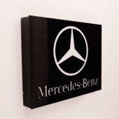 Mercedes Işıklı Duvar Panosu
