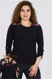 Azura 7221 Kadın Omuzları Nakışlı Krep Bluz