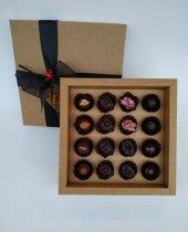 Nihal Sevilmen Özel Çikolata 16' Lı Kutu