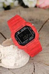 Kırmızı Renk Kare Kasa Desenli Silikon Kordonlu Spor Bayana Kol Saati