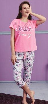 çiçek Desen Detaylı Kapri Pijama Takımı Bb 1008