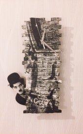 Charlie Chaplin Wall Sallanır Sarkaçlı Duvar Saati